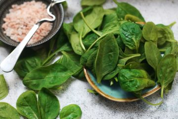 Spinach salad, feta cheese recipe
