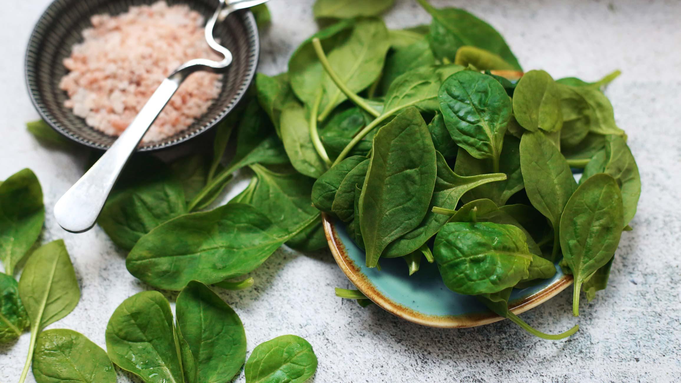 Spinach salad, feta cheese recipe